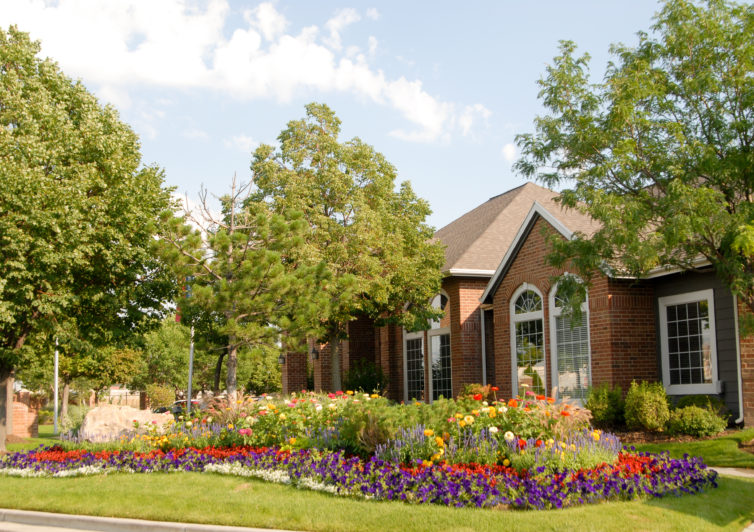 Front yard design contractor in Salt Lake City